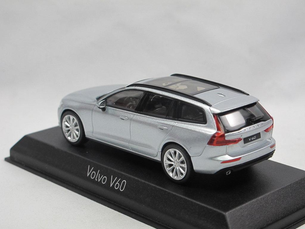 Volvo V60 Kombi 2018 silber Modellauto 1:43 Norev