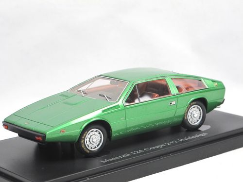AutoCult Models 1974 Maserati 124 Coupe 2+2 Italdesign 1/43