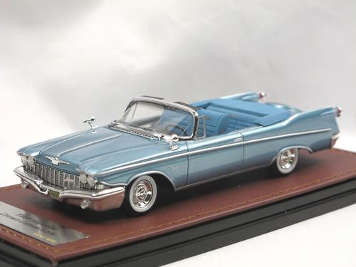 GLM 1960 Imperial Crown Convertible Moonstone Blue 1/43