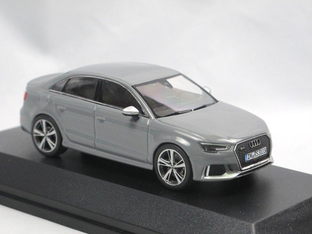 iscale Audi RS 3 sedán-nardograu #501.16.131.31 2013-1:43