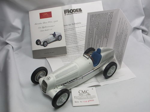 CMC 1934 Mercedes-Benz W25 Ein Mythos in weiß 1/18