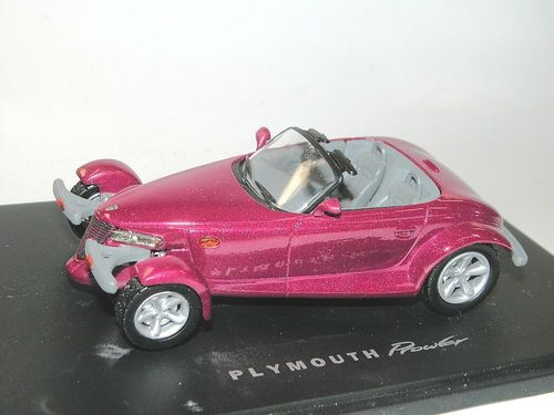 Universal Hobbies 1997 Plymouth Prowler Roadster purple 1/43