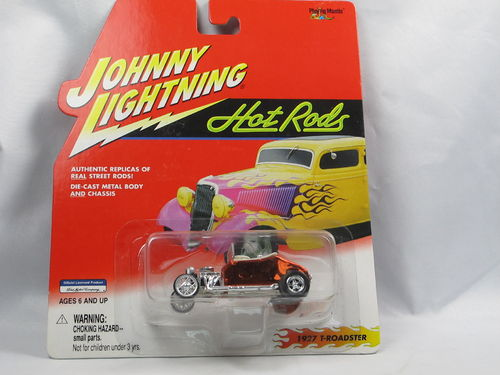 Johnny Lightning Hot Rods 1927 Ford T-Roadster 1/64