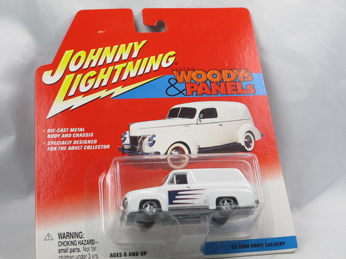 Johnny Lightning Custom Woodys 1955 Ford Panel Delivery 1/64