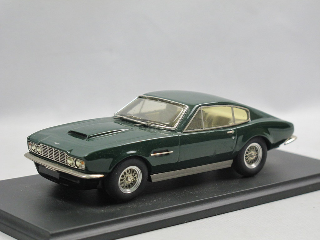 Smts 1967 Aston Martin Dbs British Racing Green White Metal 1 43